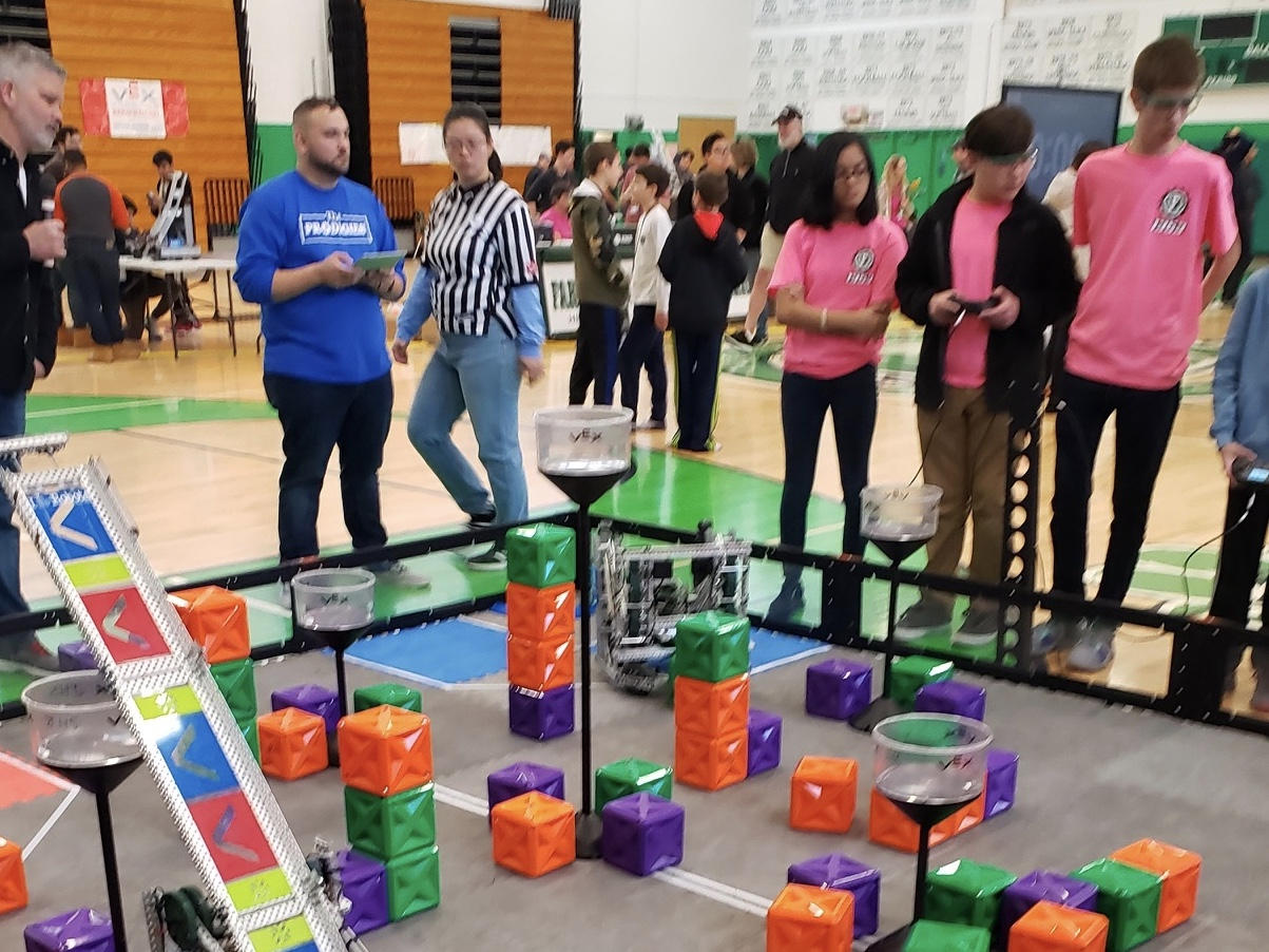 FHS Hosts Third Annual VEX Robotics Tournament